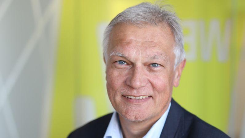 Portraitbild von Professor Dr. Manuel Frondel.